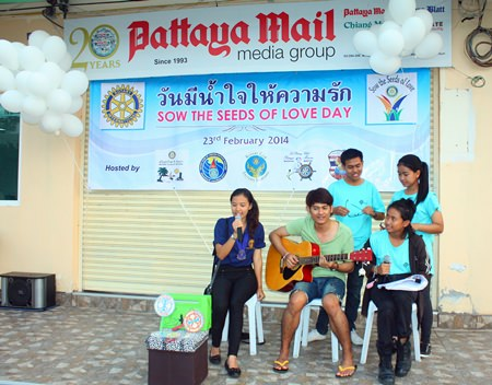 Members of the Interact Club of Banglamung School were at their artistic best.