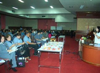 Jiranan Tongsamrit (right), nutritionist from Somdej Phra Sangkhraraj Sangworn Hospital for the Elderly, gives her talk on elderly nutrition.
