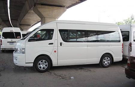 Banglamung District Chief Sakchai Taengho has ordered a crackdown on minivan operators in Pattaya.