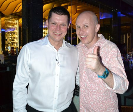 (L to R) Carl Duggan, Executive Assistant Manager, Food and Beverage for Centara Grand, and Billy Brundon, GM of the Bull & Bush Bangkok.