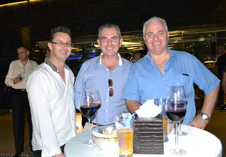 (L to R) Nigel Quennell, President of the Rotary Club Eastern Seaboard Thailand, Craig Muldoon from Platinum Financial Ltd., and David Strachan from Pattaya Property Auctions.