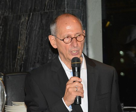 Ron Batori, President of the Bangkok Beer & Beverages Co., Ltd., gives a brief history about the wine being served.