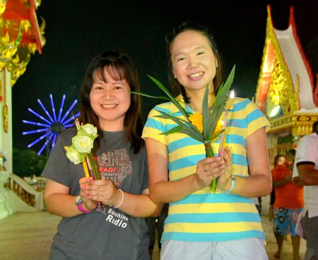 Pattaya government officials join the festivities.