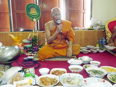Abbot of Wat Suttawas and Chief of the Banglamung Monk Committee, Phra Kru Pisan Punyaphiwat preaches the dharma.