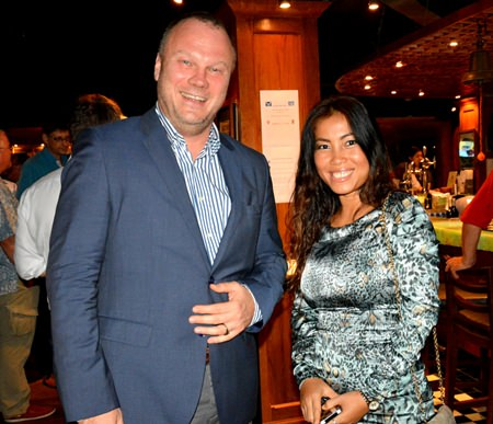 Martin Klose, Partner of Roedl & Partner and Nilnapha Chaichit, Management Assistant of Siam Heavylift.