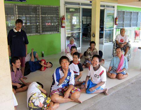 Karunyawet - home for disabled ladies.