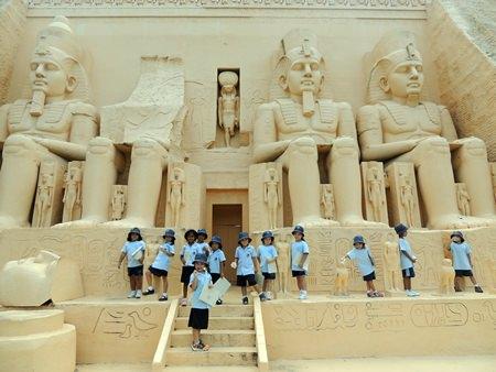 Walking like Egyptians at Mini Siam.