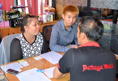 Accountants Chaporn Saeng-ngam and Jintana Yordngam said they don't make enough salary to support a family.