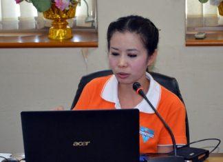 YWCA Chairwoman Praichit Jetpai announces the YWCA Bangkok-Pattaya Center's Walk-Run 2014 will take place June 21 on Pattaya Beach.