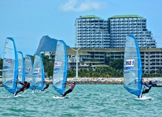 21 racers from 7 nations took part in the RS:One Asian Championships, held for the first time in Thailand at the 2014 Top of the Gulf Regatta. (Photo by Kah Soon Ho)