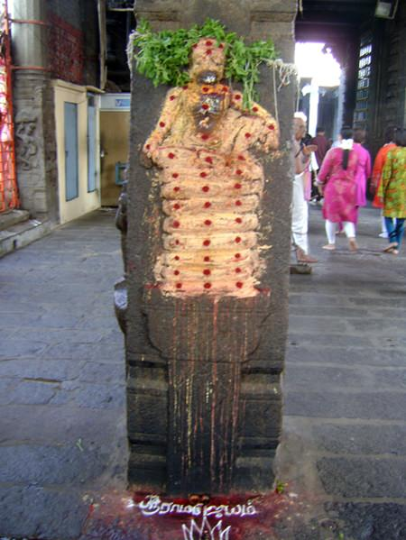 Sacred sculpture can be seen in many areas.