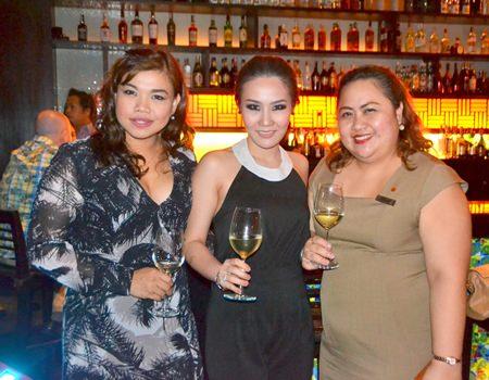 Bright lights of Pattaya (L to R) Koonlapatporn Intarasing, Key Account Specialist (Horeca) Siam Winery Trading Plus; Sinutpaporn Permpoonpattana, Brand Supervisor with Siam Winery Trading Plus Co., Ltd.; and Pichchaya Nitikarn, PR manager for Amari Pattaya shine over the party.