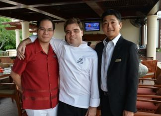 (L to R) Prin Pathanatham, Director of Sales & Marketing, Sheraton Resort Pattaya; Jack Dale Yoss, Director of Culinary & Service, Sheraton Resort Pattaya; and Tomo Kuriyama, General Manager of the Sheraton Resort Pattaya prepare for a big night re-launching Sheraton's Infiniti restaurant.