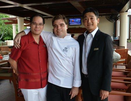 (L to R) Prin Pathanatham, Director of Sales & Marketing, Sheraton Resort Pattaya; Jack Dale Yoss, Director of Culinary & Service, Sheraton Resort Pattaya; and Tomo Kuriyama, General Manager of the Sheraton Resort Pattaya prepare for a big night re-launching Sheraton's Infiniti restaurant.