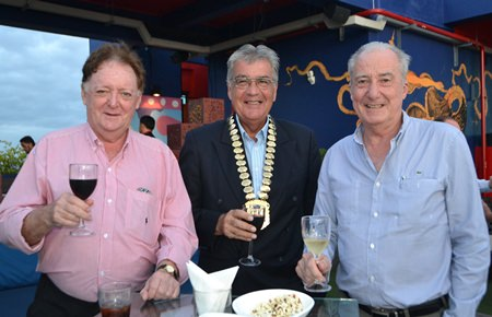 (L to R) Allan Riddell from SATCC, Dale Lawrence, President of Skål International Thailand, and Dr. Iain Corness from Pattaya Mail.