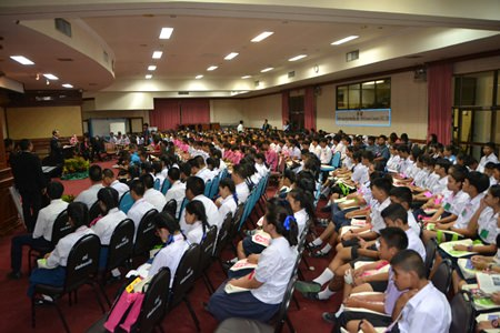 430 students attended the democracy education seminar.