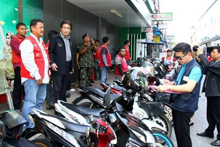 The National Council for Peace and Order's promised crackdown on Pattaya's wild motorbike-taxi industry has begun, with drivers outside Pattaya Police Station becoming the first to see fares reduced and operating practices improved.