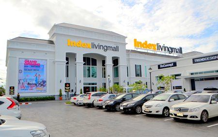 The new Index Living Mall branch on Sukhumvit Road at the Central Pattaya three-way intersection is easily found.