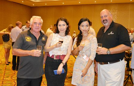 (L to R) Allan Curyer, Viranchapach Chansamai, Senior Sales Manager of the Sunshine Hotels & Resorts Pattaya, Narawadee Thongboonchoo, Resident Manger of Sunshine Hotels & Resorts Pattaya and Scott Finsten, the Harbour Master at Ocean Marina.