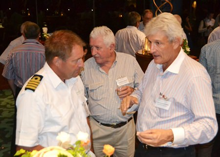 (L to R) Capt. Peter Fowler, Service Manager of Princess Bangkok - Pattaya; Warwick Kneale, AustCham Treasurer; and Leign Scott-Kemmis, AustCham President discuss the business environment in Thailand.