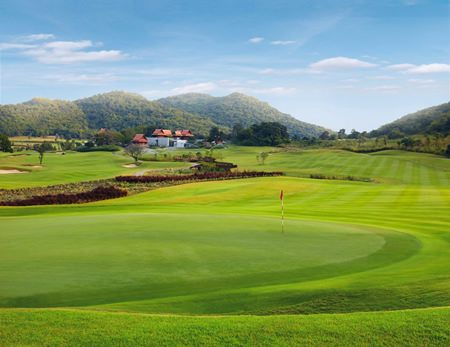 Banyan Golf Course is one of 10 courses offering special deals on green fees during the Hua Hin/Cha-am Golf Festival 2014.
