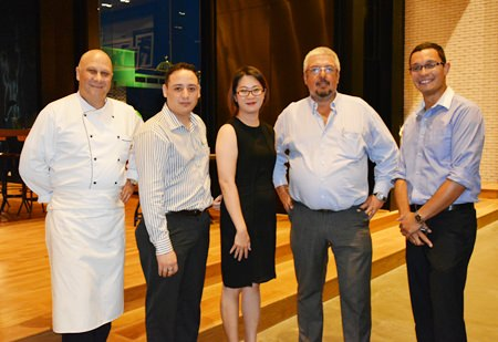 (L to R) Holiday Inn's Executive Chef Jason Large joins Bernardo de la Garza, Director of F&B, Holiday Inn Pattaya, Jatuporn Phiukhao, Executive Assistant Manager of the Holiday Inn, Thierry Danzas, Director of F&B, Pullman Pattaya Hotel G, and Jean-Philippe De Haes, Director of Operations from the Hilton Hotel Pattaya for a photo.