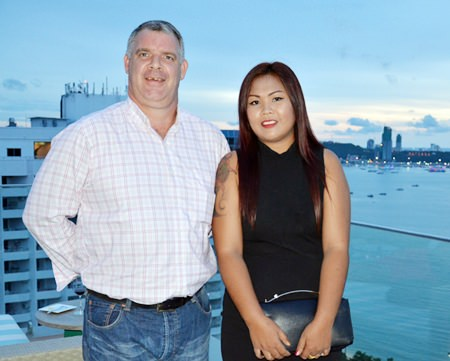"""Stunning couple, Joe and Aoy Cox from Defence International Security Services, regular attendees to Skål who pledged fifty 20 kg bags of high quality """"Smart Hearts"""" dog food to KOTO."""