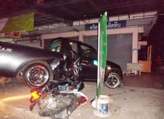 Keerati Bualong lost control of his pickup truck and crashed into a roadside food stand in Sattahip.