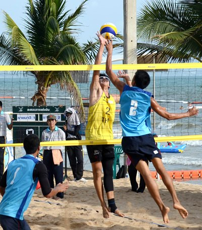 Thai Navy 1 (blue shirts) and Thai Navy 2 battle for net supremacy in the men's final.