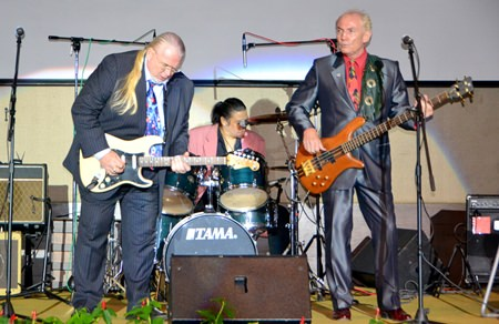 Veteran musicians Slowride play a note perfect set at the Gala Party.