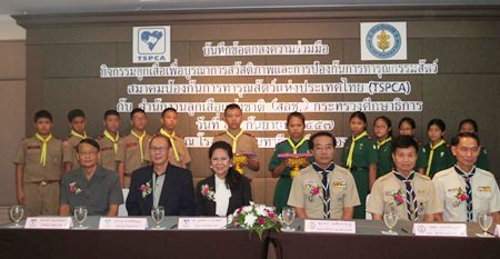 """The Thai Society for the Prevention of Cruelty to Animal has signed an agreement with the National Scout Organization of Thailand for a new """"Scouts Love Animals"""" campaign."""