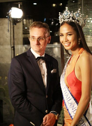 Jason Payne, Vice President Tulip Group poses for a photo with special guest judge Maeya Nonthawan Thongleng, Miss Thailand World 2014.