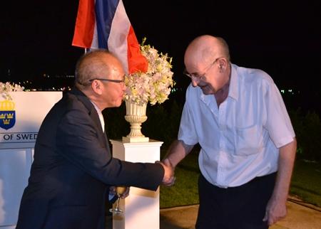 Consul Chatchawal greets John A. Haerum, a Norwegian long term resident of Pattaya.