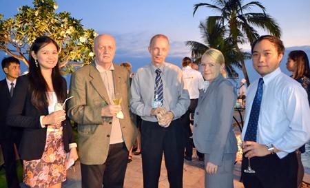 (l-r)  Janya Rattanaliam, (Bangkok Pattaya Hospital), Hakan Wallenions (Owne Thailands Posten), Fredrik Juuso (BHP), Liisa -Maija Weckman (BHP) and Pedrenelle Maniquiz (BHP).