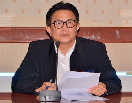 Deputy Mayor Wutisak Rermkitkarn presides over a preparation meeting for the city's upcoming 36th anniversary.