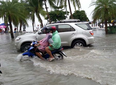 Beach Road was more fit for jet skis than cars, as once again, heavy rains Oct. 19-20 were too much for Pattaya's feeble drainage system.