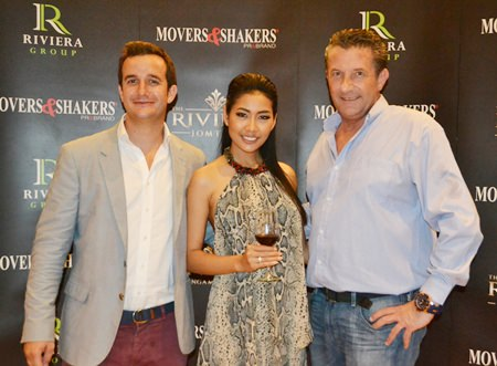 (R to L) Cees Cuijpers, founder of Movers & Shakers, with Brand Ambassador for Riviera Group Kamonrat Ladseeta (Emmy) and her husband Antoine.