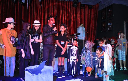 Contestants vie for prizes at the Hard Rock Cafe.