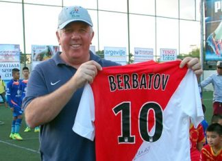One lucky spectator went home with a signed shirt from AC Monaco star Dimitar Berbatov.