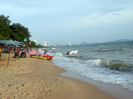 Jomtien Beach is a huge attraction for sun worshippers.