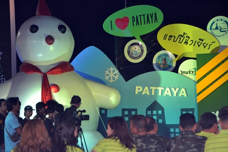 """Frosty says, """"I love Pattaya"""" as he watches over the event at Bali Hai."""