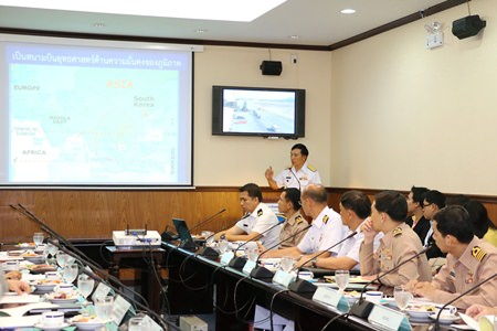 Officials meet at U-Tapao-Pattaya International Airport to discuss the airport's future.
