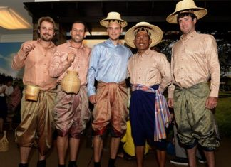 Bubba Watson (far right) is seen with Thongchai Jaidee (2nd right), Martin Kaymer, Sergio Garcia and Victor Dubuisson at a promo event for the recent Thailand Golf Championship.