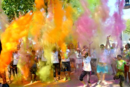 The normally tranquil area around Buddha Hill was turned into a kaleidoscope of colors last Sunday for Pattaya's first ever Colour Run. Over a quarter million baht was raised for Rotary Club of Jomtien- Pattaya charities, much of which will go towards helping less fortunate children in our community.