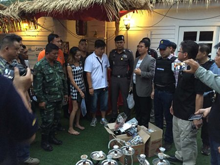 Police and local officials raided the Planet Earth Beach Club in Jomtien Beach after allegedly receiving complaints foreigners and Thai women were disturbing the neighbors.