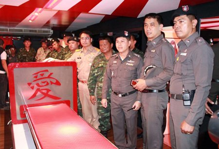 Police, Soldiers Raid Pattaya Naked Sushi Restaurant