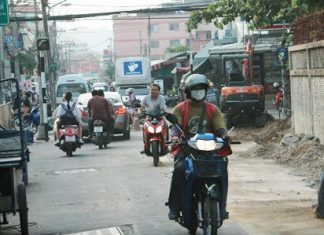 People might want to avoid commuting through Soi Khopai during construction.