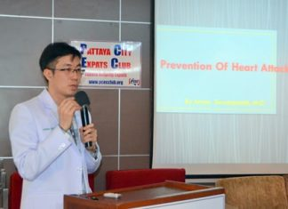 """Dr. Arnon Suwanpasak from Bangkok Hospital Pattaya introduces his topic """"Prevention of Heart Attack"""" to members and guests at the PCEC's Sunday meeting."""