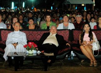 (From left) Fr. Michael Weera, guest of honor Dr. Chatchai Saengsuriyachat, and his wife enjoying the show.