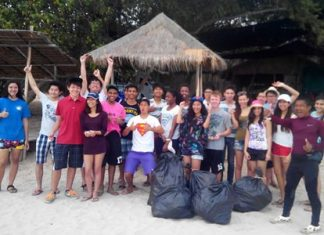 GIS students take part in an environmental project in Pattaya as part of their IB Diploma.